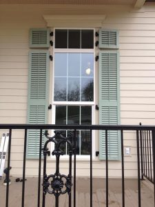 Deco Colonial Shutters - with wand & midrail 2